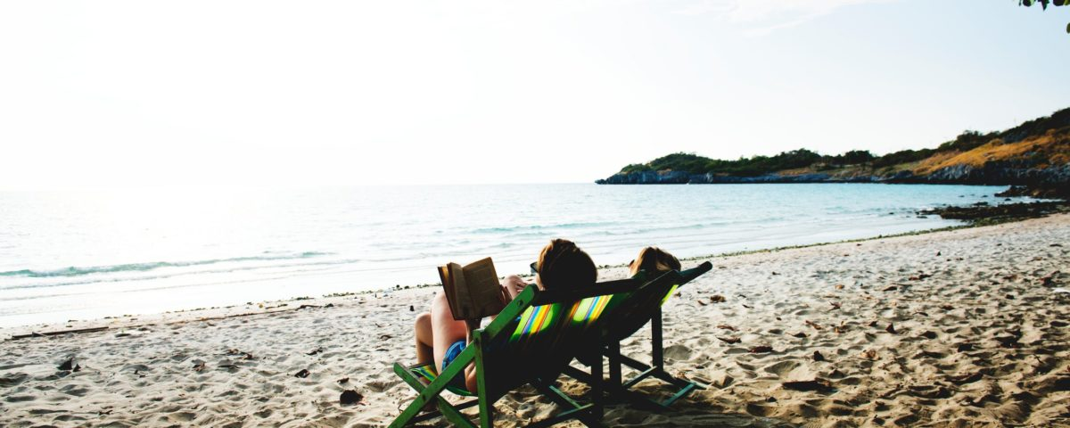 10 Finance Books to Add to Your Summer Reading List